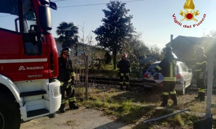 Ubriaca al volante finisce sui binari  una 36enne di Castelfranco