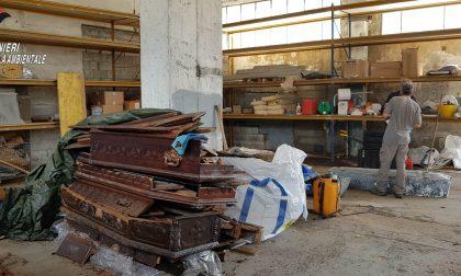 Defunti del Veneto stoccati in un capannone anziché cremati: scoperta shock dei Carabinieri FOTO