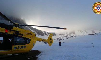 Scialpinista trevigiano ferito e bloccato nella tormenta: salvato dal Soccorso alpino