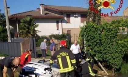 Montebelluna, auto nel fosso tre feriti