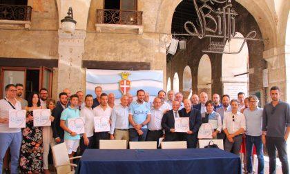 Treviso calcio prima maglia ufficiale al sindaco Conte