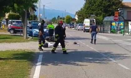 Con lo scooter contro un'auto, muore 45enne di Caerano