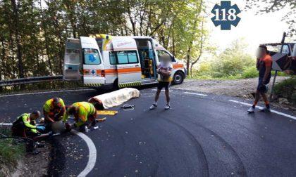 Ciclista cade sulla discesa del Mostacin