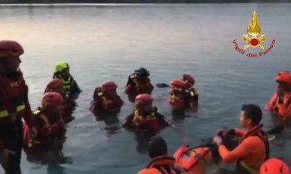 I vigili del fuoco si addestrano per i salvataggi fluviali