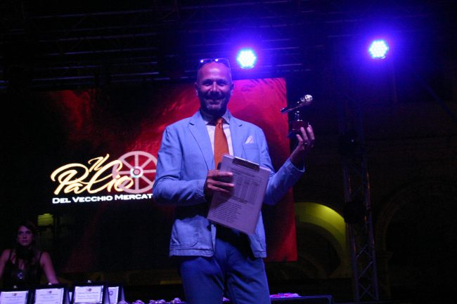 """Mauro Marchetti, """"microfono d'oro"""" del Palio"""