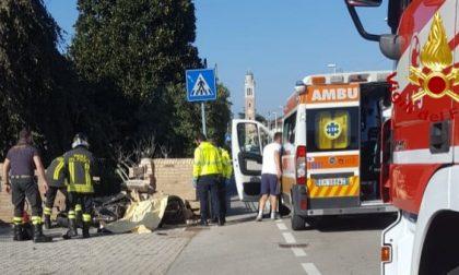 Muore motociclista schiantandosi contro una recinzione a Vedelago