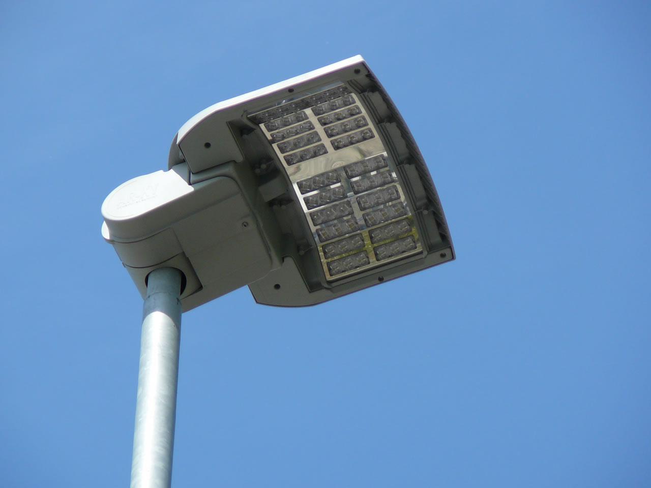 Illuminazione Neon Per Ufficio.Illuminazione Monastier Arriva Il Contributo Dal Ministero