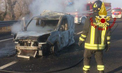 Autostrada A27, altro incidente! Operaio travolto finisce nella scarpata