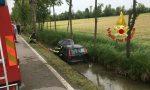 Fuori strada a Preganziol, auto nel canale: donna salvata dai Vigili del fuoco