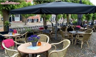 Bar e ristoranti Pederobba: tavolini all'aperto e suolo pubblico gratis