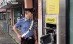 Fanno esplodere il postamat a Vedelago ma l'allarme e i Carabinieri li fanno scappare