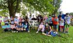 Giochi e ampi sorrisi, il saluto finale della 5D della scuola primaria G. Marconi di Montebelluna