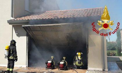 Attimi di paura a Vedelago: incendio in un garage con all'interno bombole Gpl
