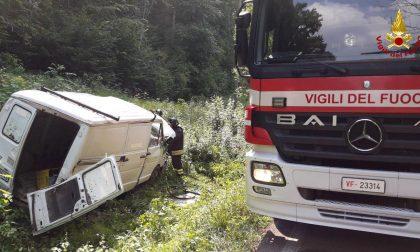 """Speronato dal camionista dopo un litigio: 30enne """"miracolato"""" a Pederobba"""
