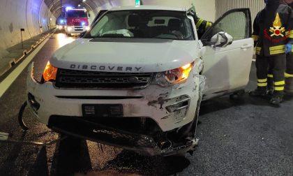 Incidente in A27: conducente estratto dalle lamiere e portato all'ospedale di Vittorio Veneto