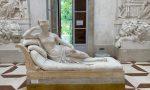 Statua del Canova danneggiata, identificato il turista austriaco responsabile: è un 50enne – VIDEO