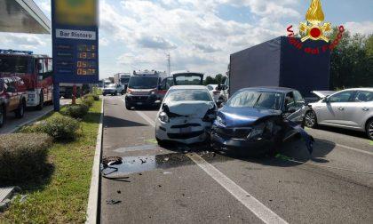 Maxi tamponamento nel Vicentino, 7 veicoli coinvolti: ferita una 26enne