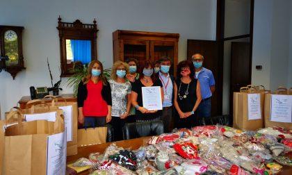 Donati 450 cuori fatti a mano agli operatori del Covid Hospital di Vittorio Veneto