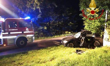 Grave incidente a Cordignano: auto esce di strada e si schianta contro un muro