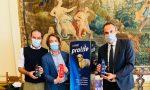 Bisogni dei cani, il Comune di Treviso regala borracce per pulirli e dissetare gli amici a quattro zampe