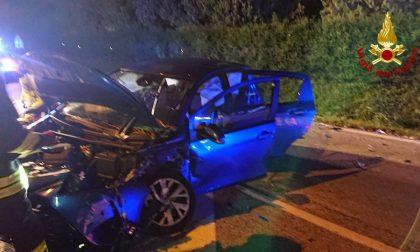 Pieve di Soligo, schianto tra due auto ieri sera: cinque feriti