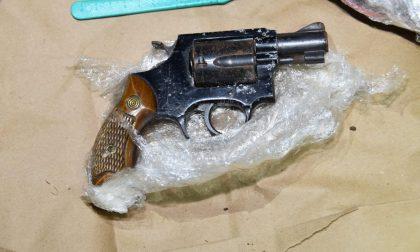 Assalti ai bancomat con armi ed esplosivo: arrestato un 50enne di Asolo – FOTO
