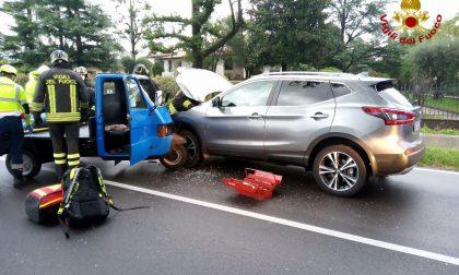 Incidente Conegliano, Ape car contro un'auto: ferito il conducente