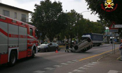 Incidente Conegliano, scontro tra due auto: traffico in tilt sulla SS13