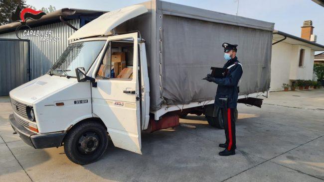 Ex polveriera Volpago del Montello, beccato mentre carica sul furgone 2mila euro di rame rubato: 19enne di Montebelluna arrestato