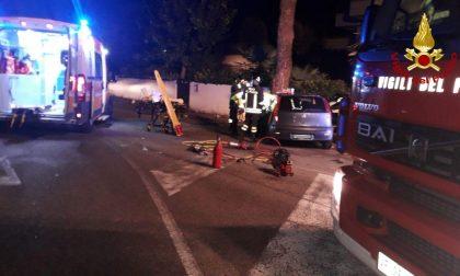 Auto piomba contro un platano ad Asolo: 29enne in gravi condizioni