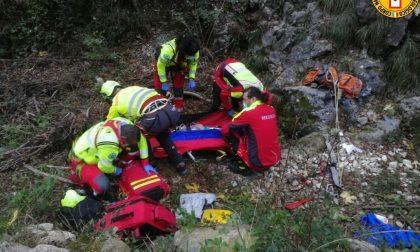 Precipita per una decina di metri dalla parete di roccia: climber 46enne ferito