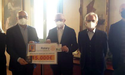 """Rotary Club Montebelluna, consegnati 15mila euro ai Servizi sociali: """"Per l'acquisto di generi alimentari"""""""