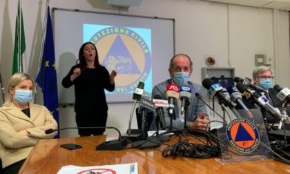 """Covid, Zaia: """"Domani l'ordinanza anti assembramenti""""   +3.000 positivi   Dati 11 novembre 2020"""