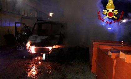 Incendio a Silea: i Carabinieri seguono la pista del dolo