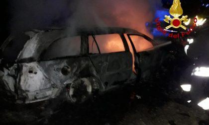 Incendio a Silea: in fiamme dei veicoli nel cortile dell'azienda STEP - Gallery