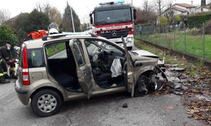 Tragedia a Vedelago, esce di strada con l'auto e si schianta: morta 83enne di Montebelluna