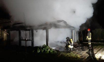 Pieve di Soligo, garage in fiamme all'alba: intervengono i Vigili del fuoco