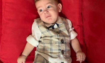 """Bimbo di 8 mesi affetto da malattia rara, l'appello dei genitori: """"Aiutateci"""""""