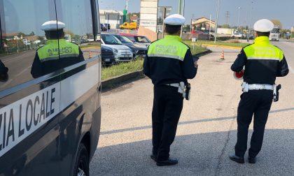 """Truffatori """"alla frutta"""" intercettati dalla Polizia locale a Castelfranco"""