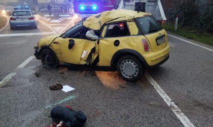 Tragedia tra Casale sul Sile e Silea, schianto con l'auto: un morto