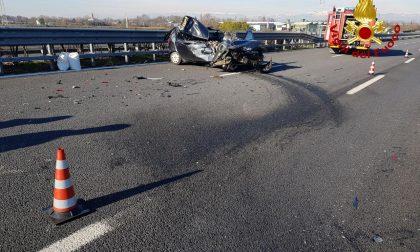 Grave incidente tra auto e furgone lungo l'autostrada A27