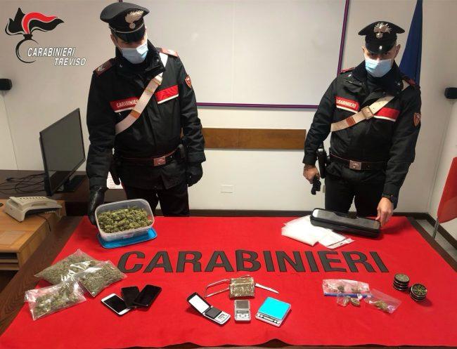 """Ritrovi """"abusivi"""" a base di alcol e droga, arrestato il pusher: è un 22enne di Montebelluna"""