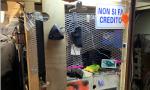 """Scoperto in casa un """"negozio"""" della droga: sequestrato oltre mezzo chilo di eroina"""