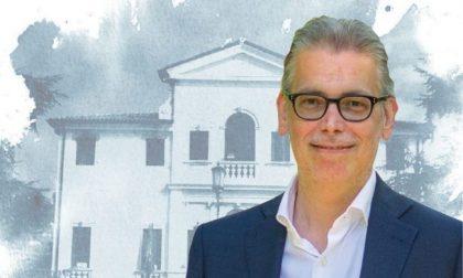 Ondata di commozione per l'addio al sindaco Bolis, stroncato dal male: aveva solo 43 anni