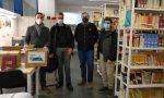 """Raccolta libri per le scuole, consegnati 35 volumi al Liceo """"Levi"""""""