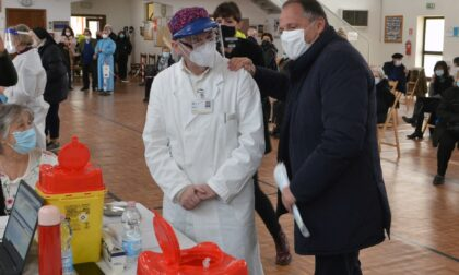 """Tampone gratuito mentre aspetti il vaccino: così a Treviso si dà la """"caccia"""" alla variante Delta"""
