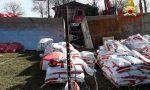 Fuori strada il camion che trasportava concime: interviene l'autogrù a Fontanelle