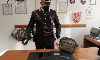 Si aggira con fare sospetto a Istrana armato di taglierino: 19enne senza fissa dimora denunciato