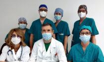 """Bimbo di 18 mesi """"inala"""" una mandorla e rischia di morire: salvato con un intervento di sei ore"""