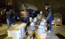 Grappa di contrabbando nella distilleria abusiva della Sinistra Piave: il video e le foto del maxi sequestro
